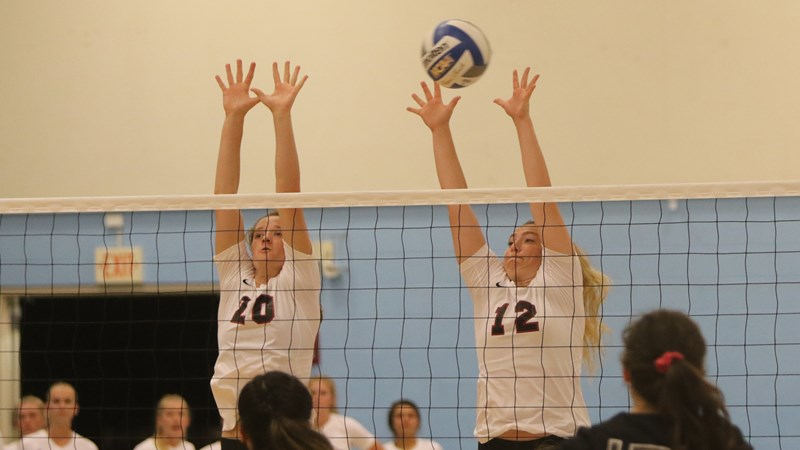 'Cats comeback falls just short as Concordia Irvine hangs on for five-set win